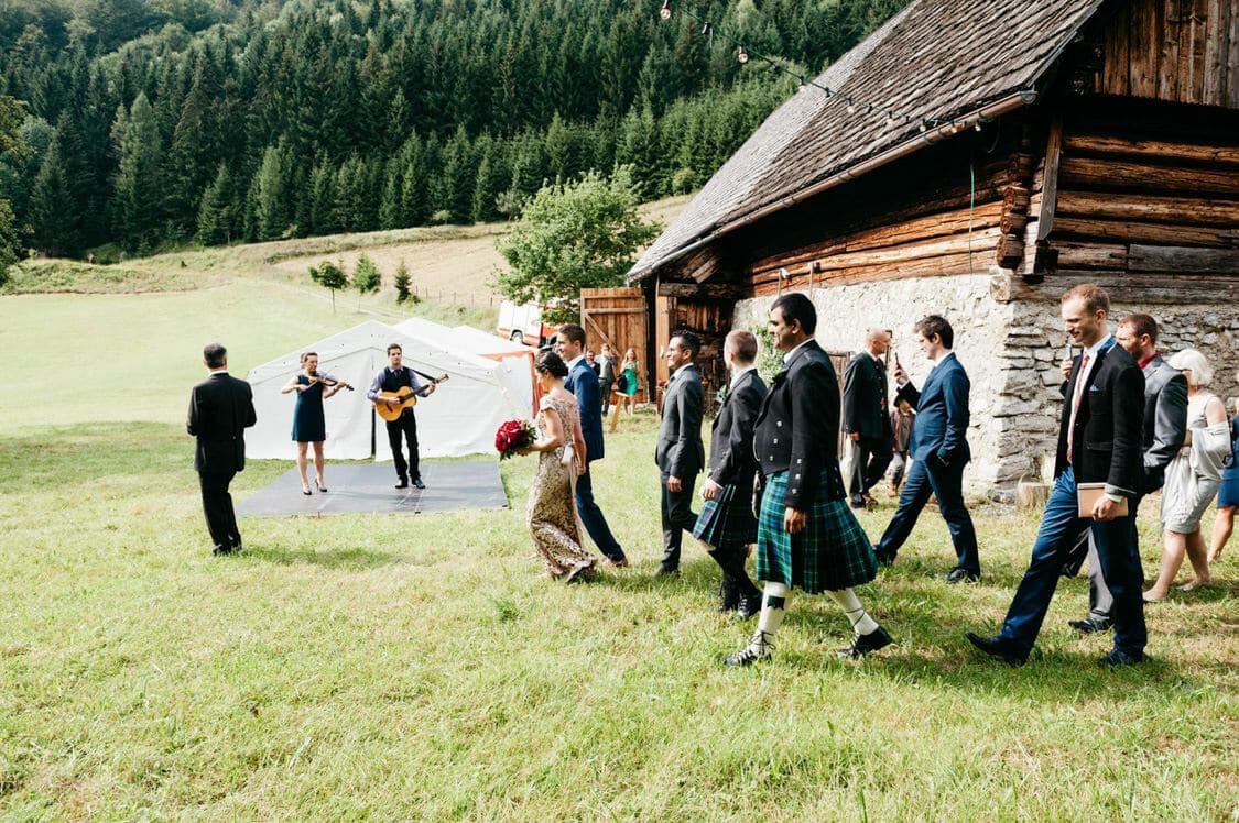 Hochzeitsfotograf Hochzeit Alm Berge Obersteiermark Vintage Tom Schuller 26