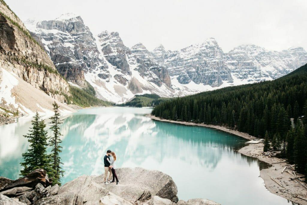 Engagement Session Moraine Lake Canada 001