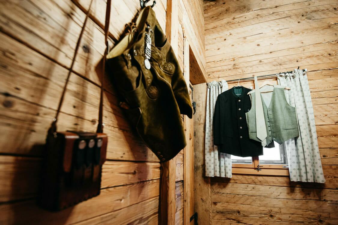 Hochzeitsfotograf Salzburg Abtenau Sonnleitn Bauernhof Tracht Lederhose Dirndl 002